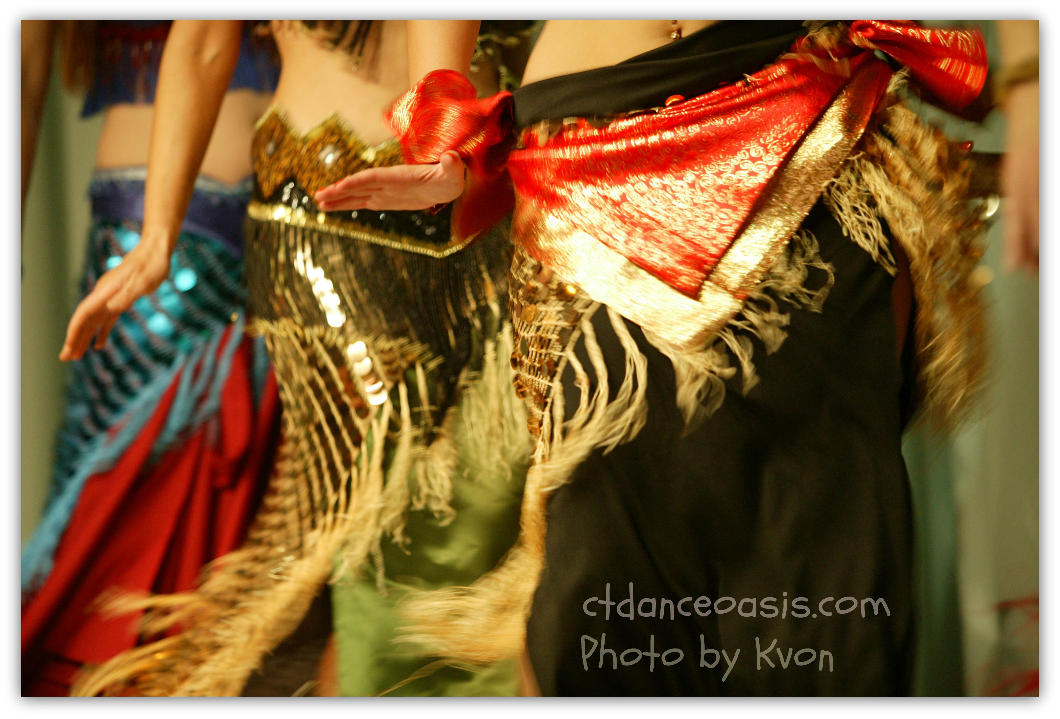 belly-dancers.jpg